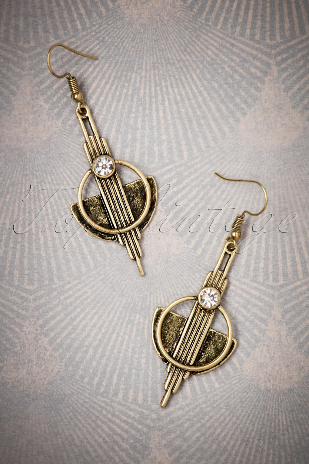 1930s Jewelry | Art Deco Style Jewelry 20s Art Deco Brass Earrings in Gold �14.57 AT vintagedancer.com
