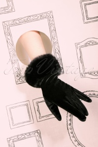 50s Valentina Velvet Gloves in Black