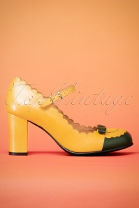60s Penelope Mary Jane Leather Pumps in Mustard