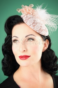 Lovely Vintage Fascinator 201 22 26485 08232018 001W