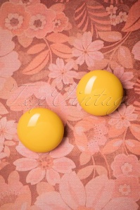 60s Fayen Earstuds in Yellow