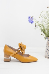 Miss L Fire Pamela Mustard Pumps 400 80 25411 07112018 005