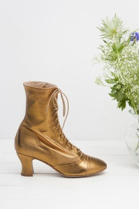 40s Frida Lace Up Booties in Gold