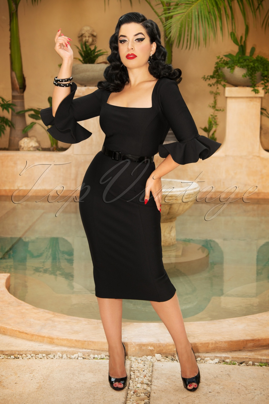 1950s Prom Dresses & Party Dresses The Fay Pencil Dress in Black £109.51 AT vintagedancer.com