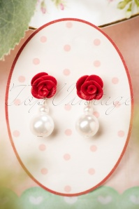 50s Rose and Pearl Earrings in Ivory