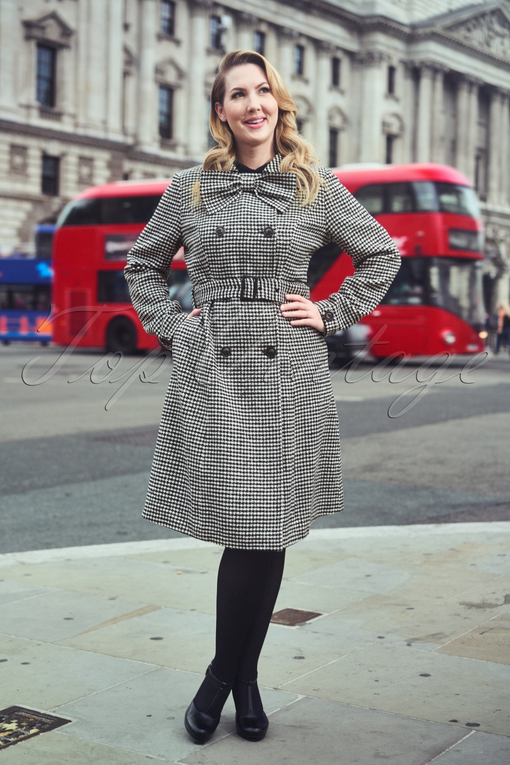 1950s Jackets, Coats, Bolero | Swing, Pin Up, Rockabilly 50s Margaret Houndstooth Coat in Black and White £37.71 AT vintagedancer.com