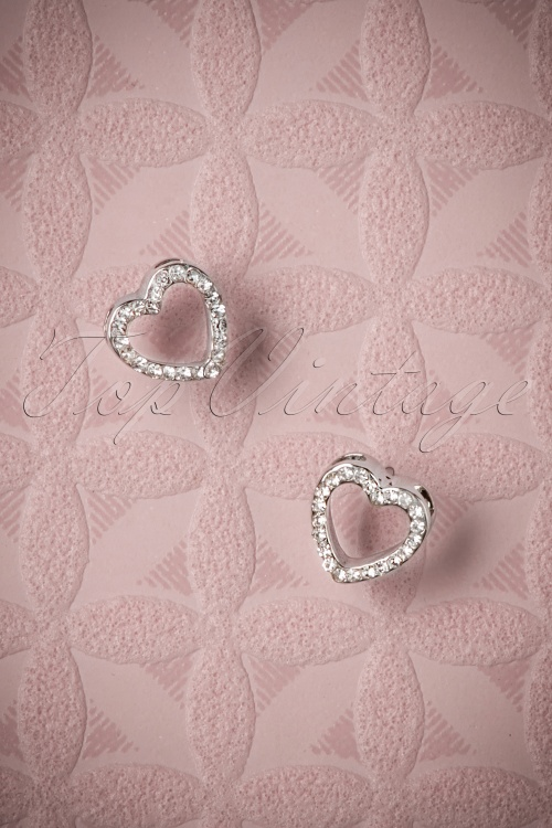 Darling Divine Heart silver earrings 330 92 26891 08282018 003W