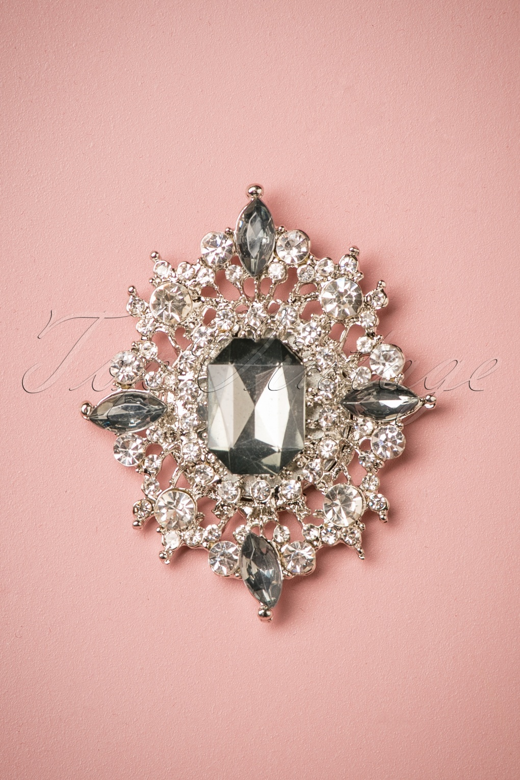 50s Jewelry: Earrings, Necklace, Brooch, Bracelet 50s Diamond Explosion Brooch in Grey £13.26 AT vintagedancer.com