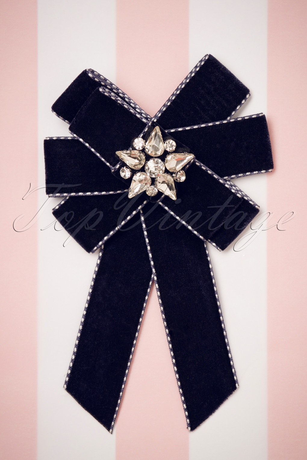 50s Jewelry: Earrings, Necklace, Brooch, Bracelet 50s Velvet Bow Brooch in Navy £15.00 AT vintagedancer.com