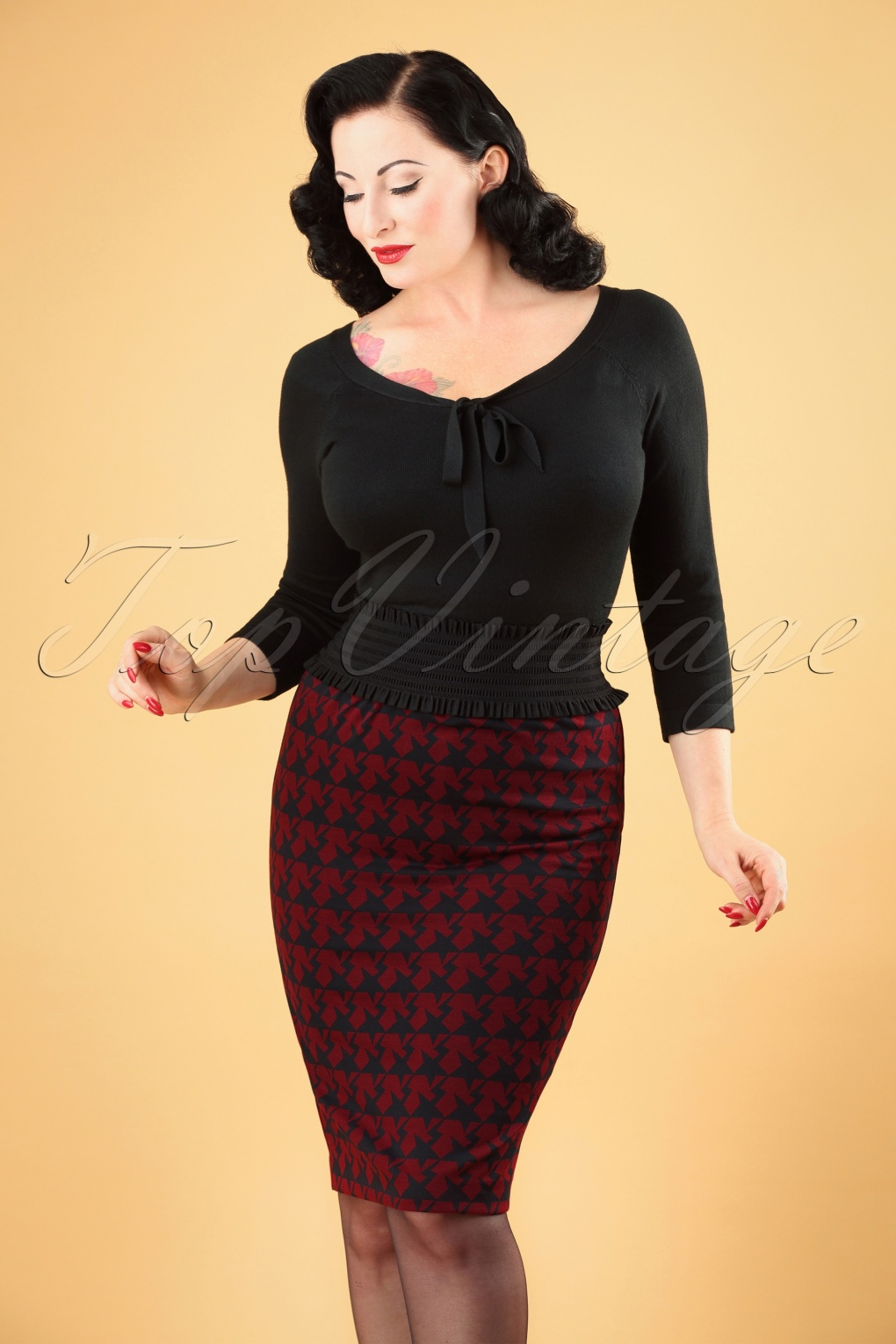 Retro Skirts: Vintage, Pencil, Circle, & Plus Sizes 60s Winters Star Pencil Skirt in Red £43.57 AT vintagedancer.com
