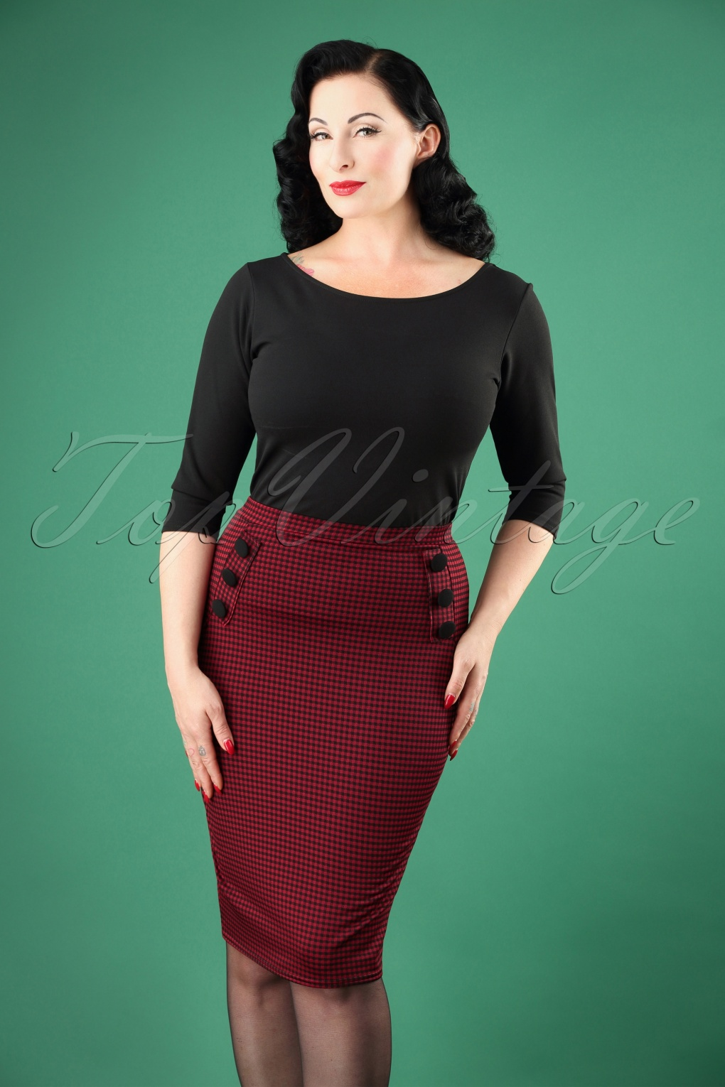 1950s Swing Skirt, Poodle Skirt, Pencil Skirts 50s Luann Gingham Pencil Skirt in Burgundy £30.71 AT vintagedancer.com