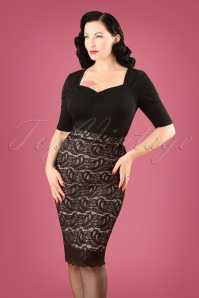 50s Gloria Scalloped Lace Pencil Skirt in Black