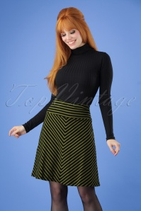 60s Marquee Stripe Borderskirt in Black