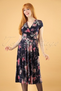 Layla Floral Cross Over Dress Années 50 en Bleu Marine et Rose