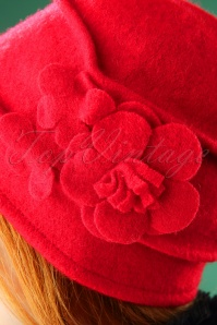 Darling Divine Red Hat 202 20 26881 09062018 002W
