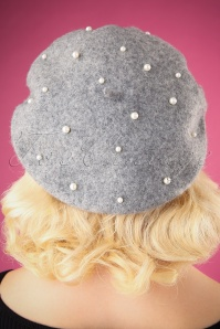 Darling Divine Gray Baret with Pearls 202 15 26882 09062018 002W