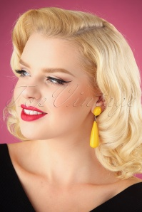 60s Amy Earrings in Yellow