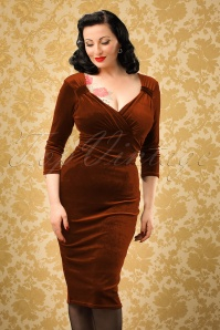 Vintage Chic for TopVintage TopVintage Exclusive ~ 50s Annabelle Velvet Pencil Dress in Rust
