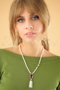 20s Elegant String Pearl Necklace in Gold