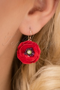 Hop Skip & Flutter Porcelain Poppy Earrings 333 20 26513 10042018 010W