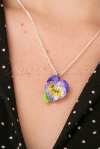 Hop Skip & Flutter Porcelain Flower necklace 300 60 26516 10042018 001W