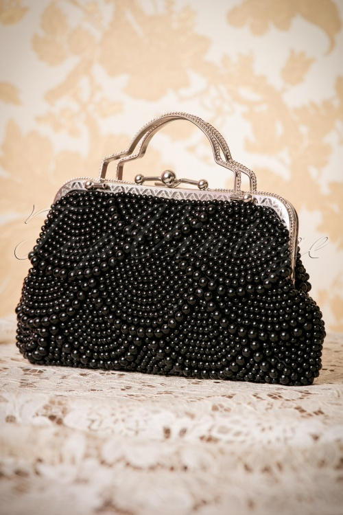 Banned Agnes 20s Clutch in black 212 10 26178 07102018 004W