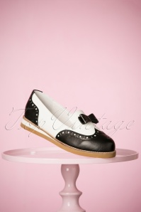 50s Cecilia Loafer Love Shoes in Black and White
