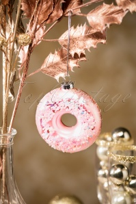 Sass and Belle Pink Sugar Donut Hanger 290 27 27783 10232018 011W