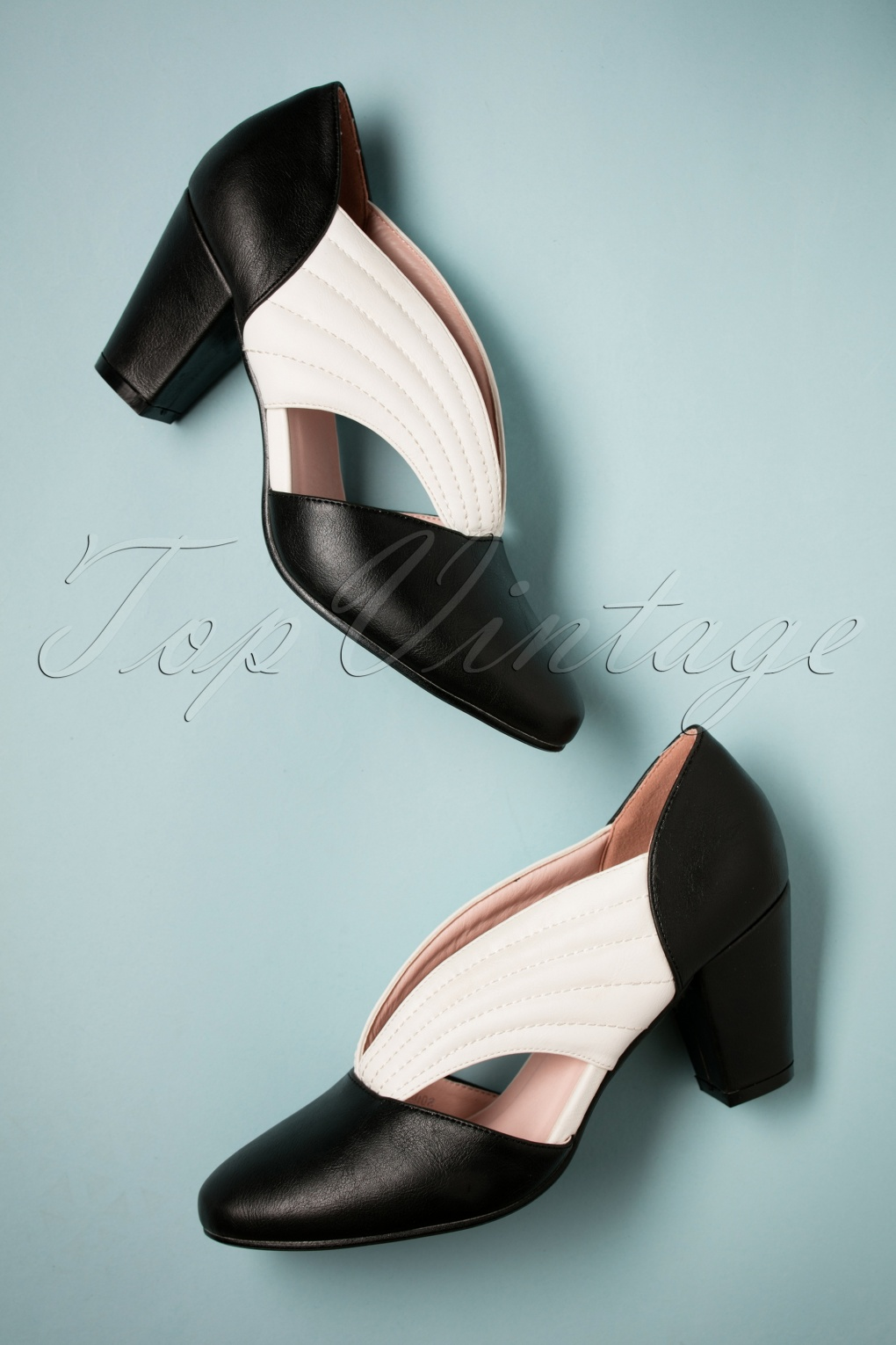 1950s Style Shoes | Heels, Flats, Saddle Shoes 40s Tanya Pumps in Black and Ivory £46.69 AT vintagedancer.com