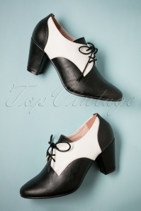 40s Vera Shoe Booties in Black and Ivory