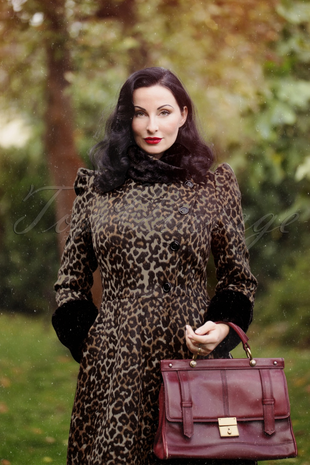 1950s Jackets, Coats, Bolero | Swing, Pin Up, Rockabilly 50s Violet Faux Fur Trim Coat in Leopard £78.43 AT vintagedancer.com