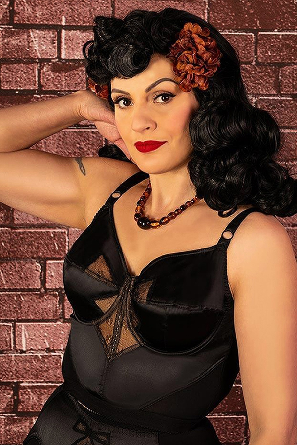 Retro Lingerie, Vintage Lingerie, New 1950s,1960s, 1970s 50s Retro Bow Longline Bra in Black £68.74 AT vintagedancer.com