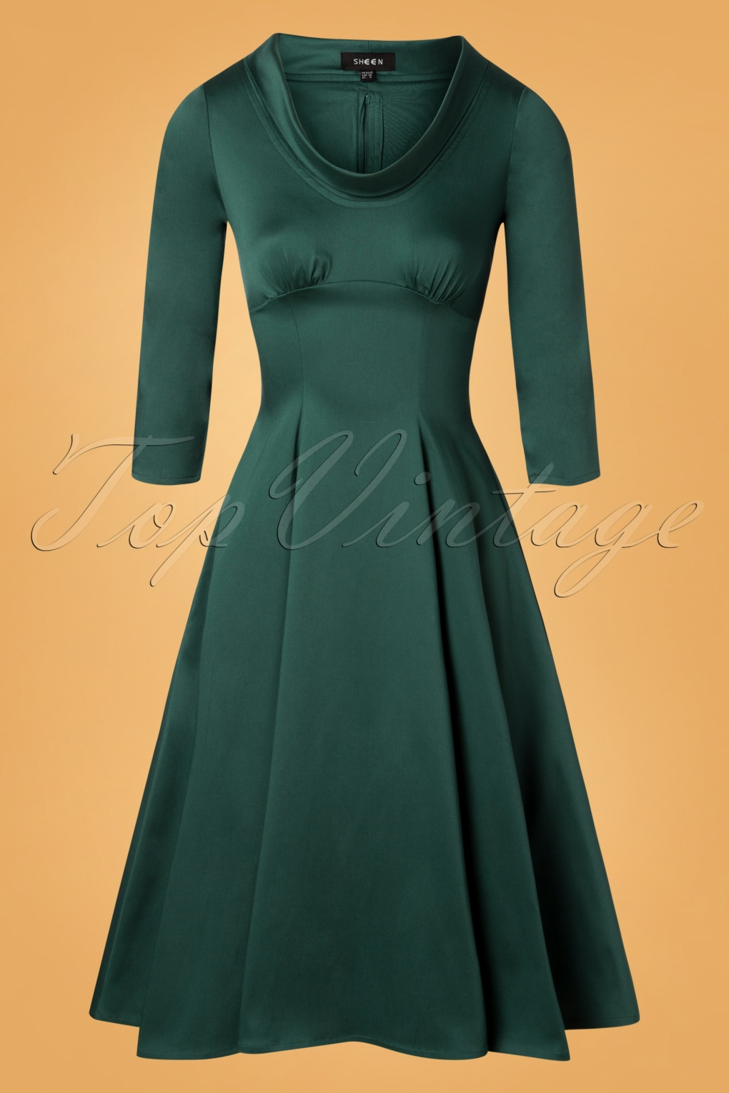 Authentic Natural 1950s Makeup History and Tutorial 50s Martha Swing Dress in Green £58.63 AT vintagedancer.com