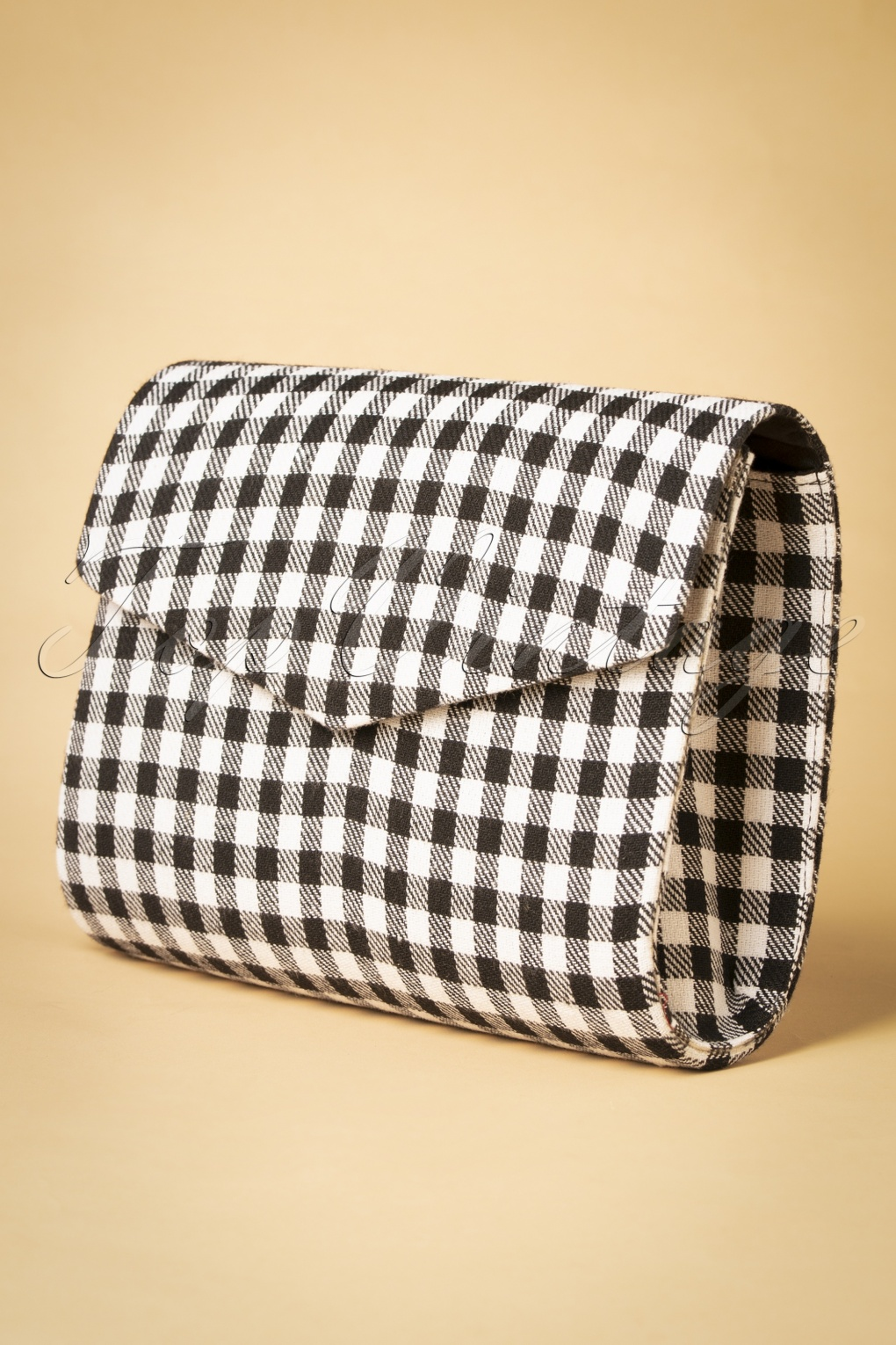 1950s Handbags, Purses, and Evening Bag Styles 50s Eria Checks Bag in Black and White £18.88 AT vintagedancer.com