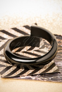 The Pink Bungaloo Black Bangle 310 10 26634 11082018 015W