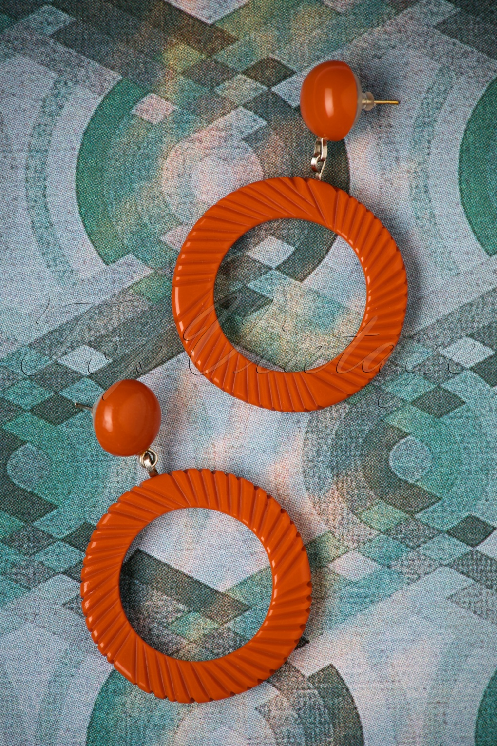 1960s Style Dresses, Clothing, Shoes UK TopVintage Exclusive  50s Hoop Earrings in Rust £13.04 AT vintagedancer.com