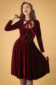 Collectif Clothing 50s Clara Velvet Swing Dress in Wine
