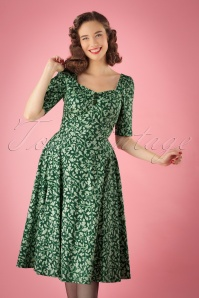 Collectif Clothing 50s Dolores Half Sleeve Leafy Doll Dress 102 49 24829 20180702 1W