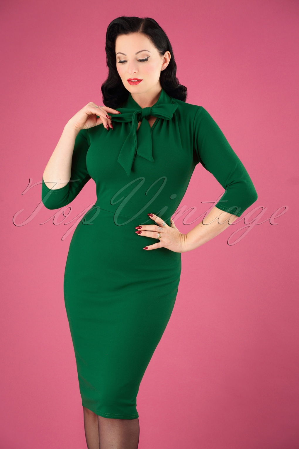 1950s Dresses, 50s Dresses | 1950s Style Dresses 50s Lindsay Tie Neck Pencil Dress in Emerald Green £48.95 AT vintagedancer.com