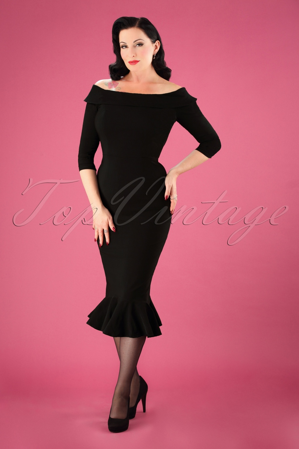 1950s Dresses, 50s Dresses | 1950s Style Dresses 50s Orla Fishtail Pencil Dress in Black £58.75 AT vintagedancer.com
