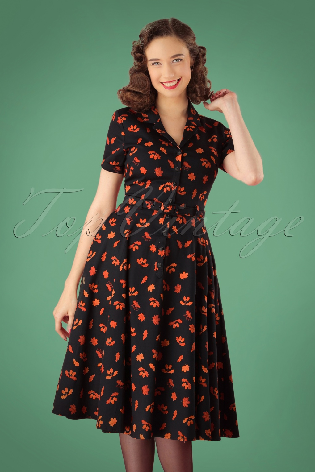 1950s Housewife Dress | 50s Day Dresses 50s Caterina Acorn Swing Dress in Black £53.14 AT vintagedancer.com