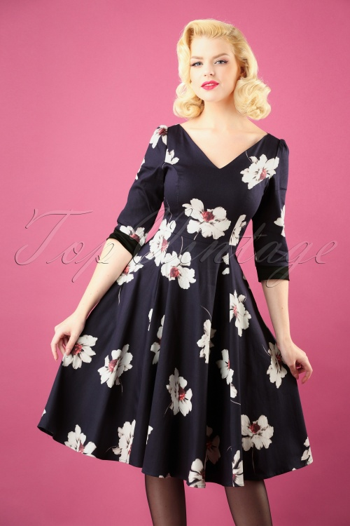 aa2f51b1e8c4 Hearts and Roses Navy White Floral Swing Dress 102 39 26954 20181001 0003W