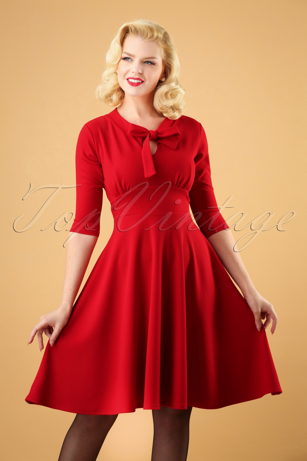 1950s Dresses, 50s Dresses | 1950s Style Dresses 50s Geraldine Swing Dress in Red £53.41 AT vintagedancer.com