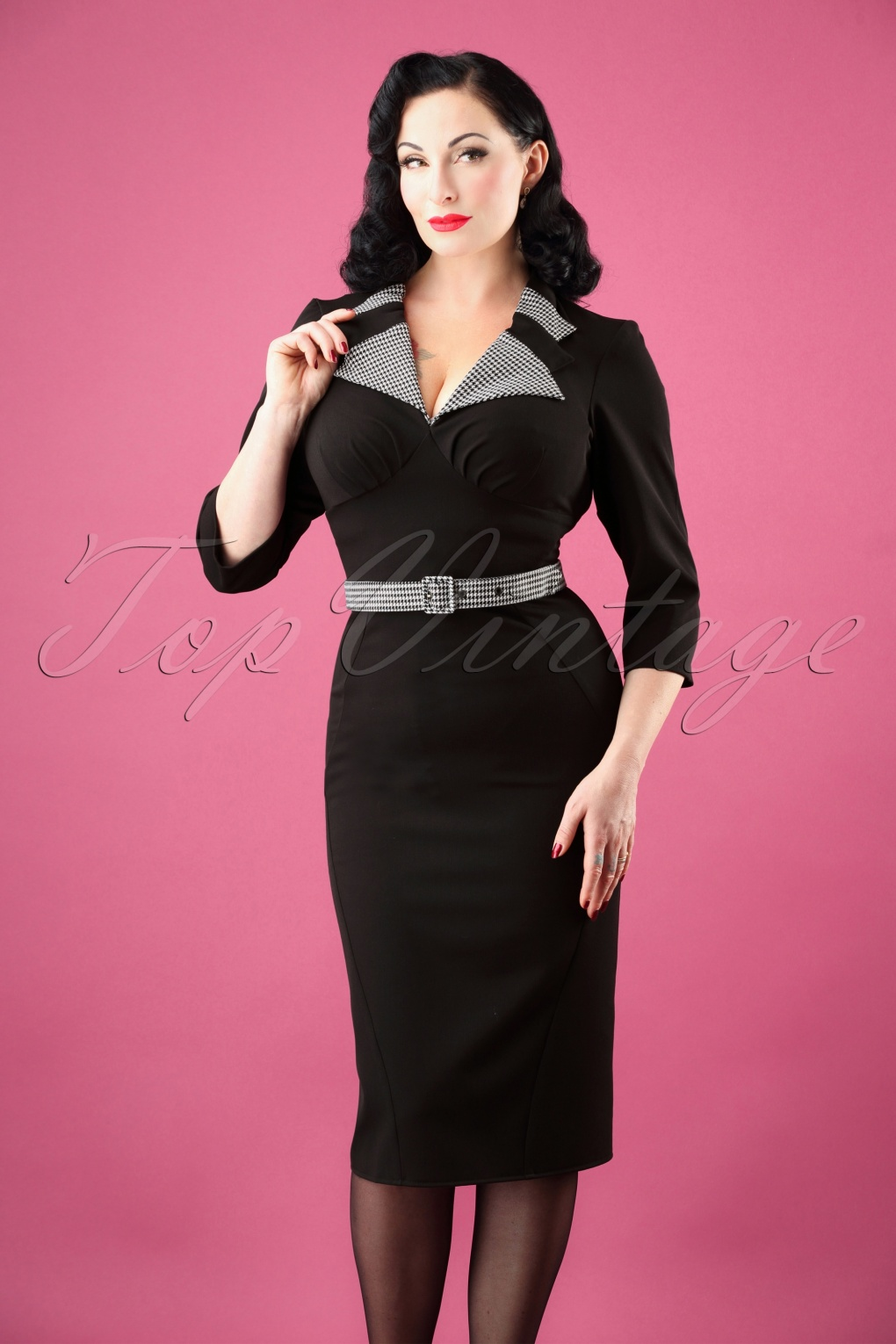 Vintage Tea Dresses, Floral Tea Dresses, Tea Length Dresses 40s Lucie Houndstooth Pencil Dress in Black £56.43 AT vintagedancer.com