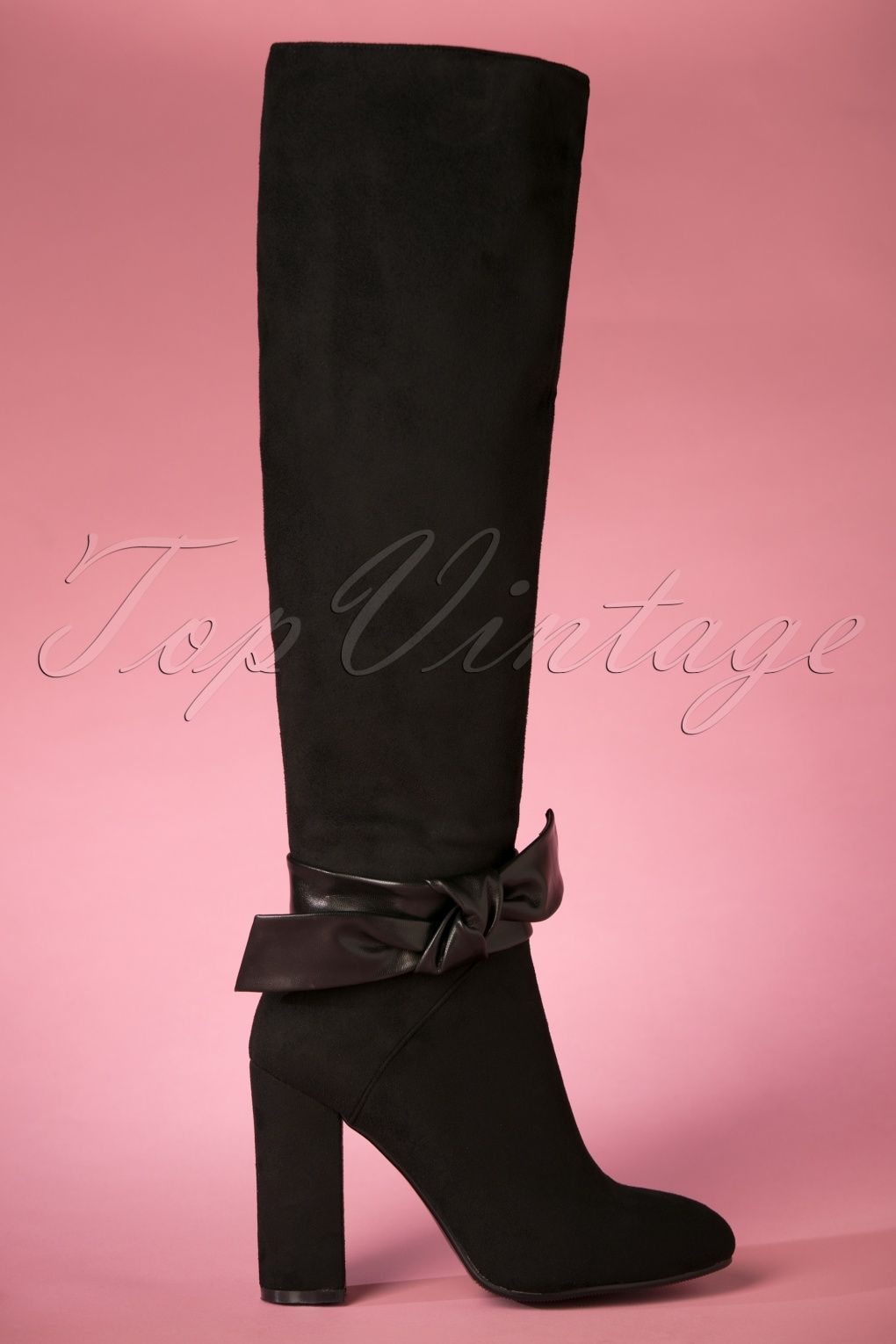 60s Shoes, Boots | 70s Shoes, Platforms, Boots 60s Nero Boots in Black £97.28 AT vintagedancer.com