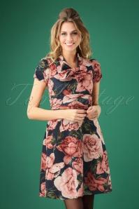 Debra Floral Swing Dress Années 50 en Bleu Marine et Rose