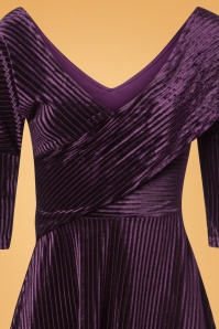 Banned Retro 27744 Veronica Velvet Dress in Aubergine Purple 20181206 002V