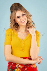 60s Droplet Ruffle V Neck Top in Mimosa Yellow