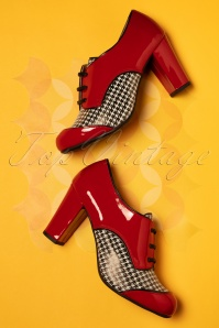 Nemonic 60s Listas Patent Leather Houndstooth Booties in Red