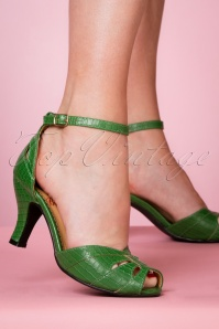 Banned 26931 Green Peeptoe Pump 20190114 008W